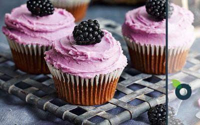 Συνταγή της ημέρας: Cupcakes με βατόμουρα