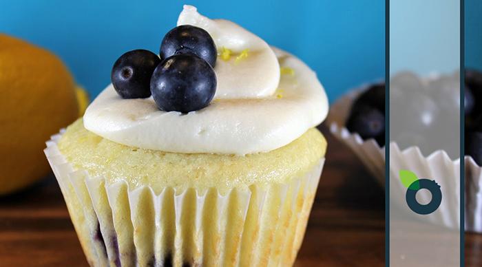 Cupcakes με μύρτιλα και λεμόνι