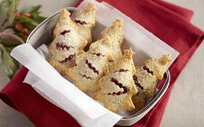Χριστουγεννιάτικα γεμιστά πιτάκια με μαρμελάδα μύρτιλου
